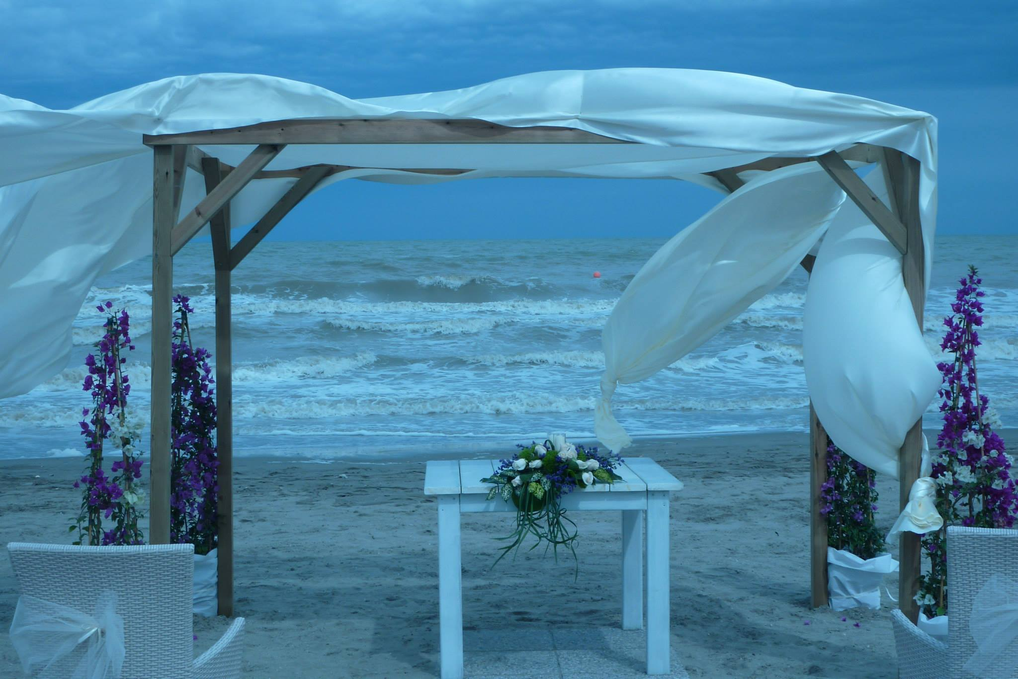beach weddingjpg