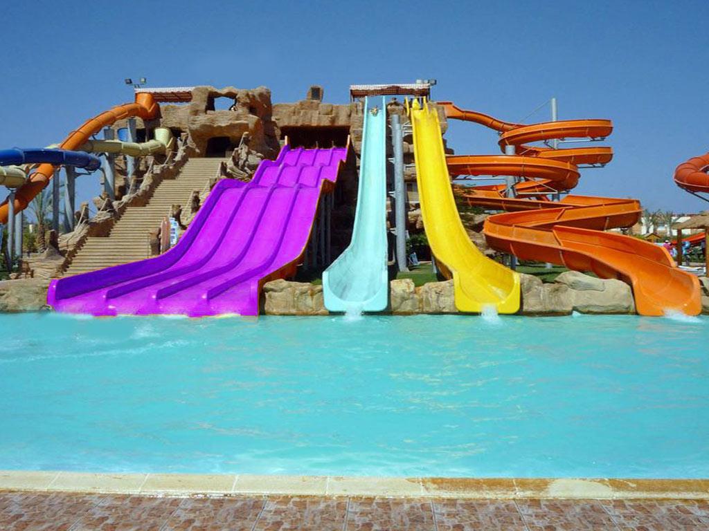 Realizzazione piscine per parchi acquatici e parchi for Realizzazione laghetti artificiali quanto costa