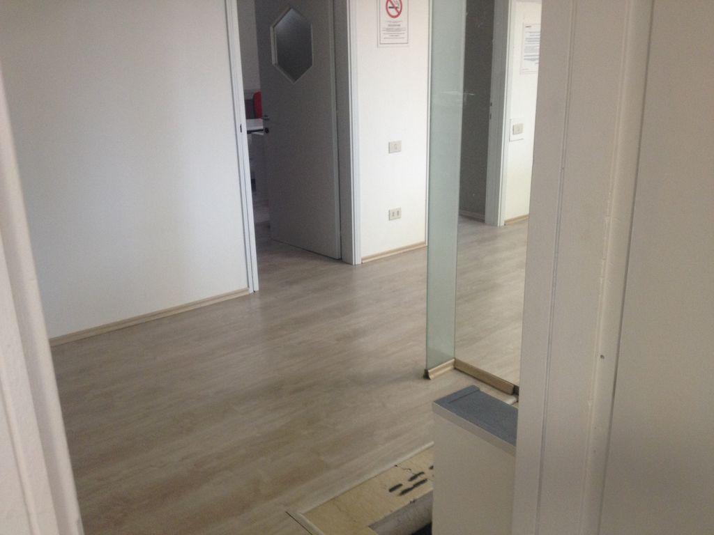 posa di pavimenti in laminato Montichiari BS