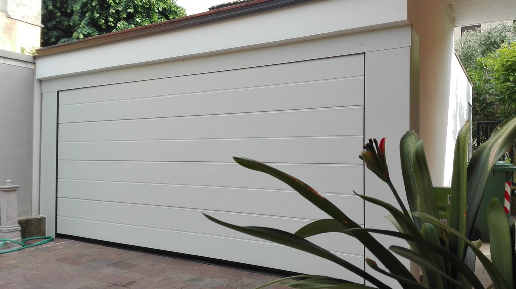Allungamento garage for Due progetti di garage per auto