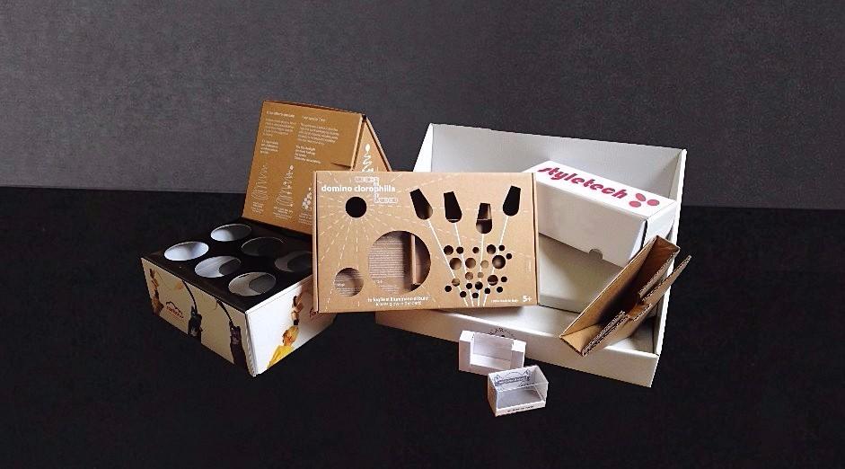 scatole fustellate e stampate